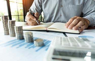 Anteckningar och läs på om viktiga händelser i valutavärlden