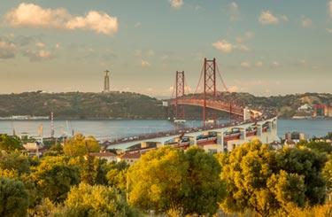 Lisbon 25th of April bron