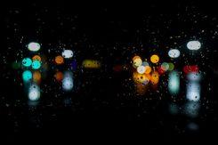 Natt med ljus i olika färger