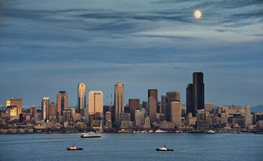 Seattle på kvällen
