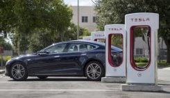 Tesla laddstation